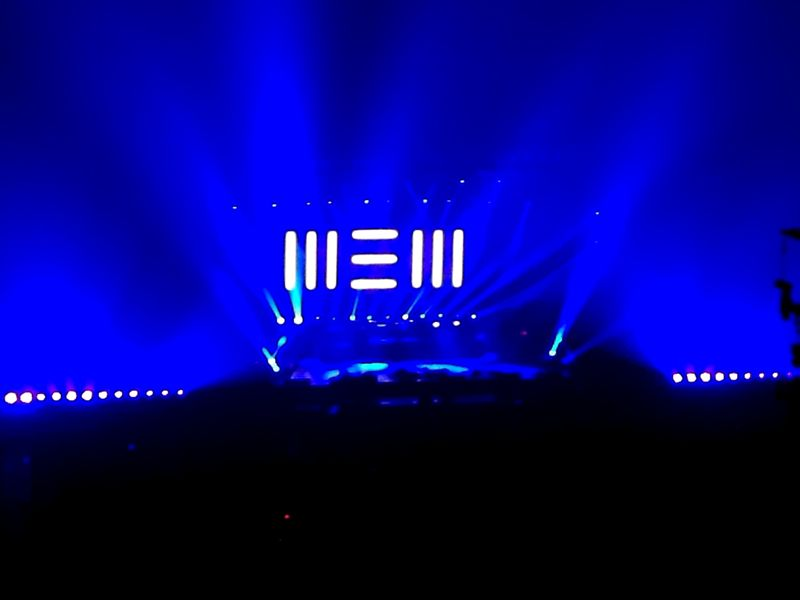 NEWのステージ